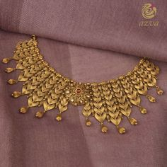 This Brand Has Exotic Gold Statement Jewellery Collections Silver Bridal Jewellery, Gold Jewellery Design, Gold Jewelry, Gold Earrings For Women, Gold Mangalsutra Designs, Jewelry Design Drawing, Indian Jewelry Sets, Bollywood Jewelry, Jewelry Patterns