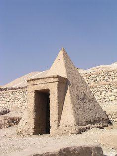 Deir el-Medina  Luxor  Egypt