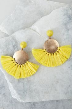 Trendy Women's Clothing - Clothes for Women - Shoes Online – Page 14 – Red Dress Boutique Trendy Accessories, Trendy Jewelry, Jewelry Trends, Cheap Trendy Clothes, Trendy Shoes, New Outfits, Trendy Outfits, Yellow Earrings, Star Earrings