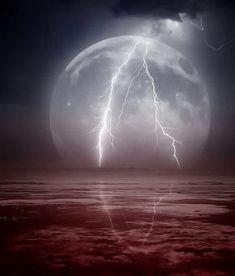 Lightning on the Moon...... great shot!