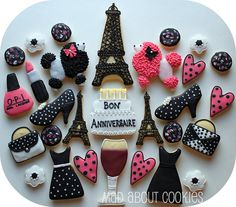 More paris and girly cookies. I love the fuzzy poodles. This could be cute for a little girls bday. Fancy Cookies, Cute Cookies, Cupcake Cookies, Sugar Cookies, Cupcake Party, Paris Birthday Parties, Spa Birthday, Parisian Party, Paris Cakes