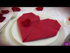 Pliage de serviette en forme de cœur - Idées loisirs créatifs                                                                                                                                                                                 Plus