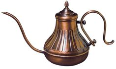 Kalita Copper Pot is a pour over coffee kettle made of copper designed with a thin spout to precisely control a flow of pouring hot water. Copper has good thermal conductivity and heat retention so you can repeatedly pour over hot water.