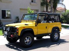 Defender, the one I want. Defender 90, Land Rover Defender, 4x4, Off Roaders, Land Rovers, Fast And Furious, Rigs, Dream Cars, Garage