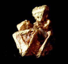 Cristales de oro / Gold crystals