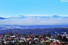 A snow-capped Ben Lomond as seen from the outskirts of Launceston. #benlomond…
