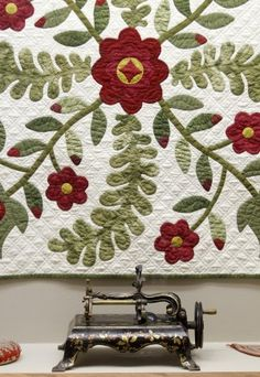 Red & green: Quilt show celebrates 19th century complementary color schemes