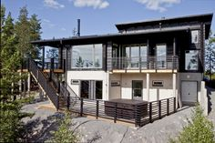 Modern Honka log home on top of Himos, Finland. Next At Home, Log Homes, Scandinavian Style, Home Fashion, Finland, Interior Architecture, Multi Story Building, Real Estate, Mansions