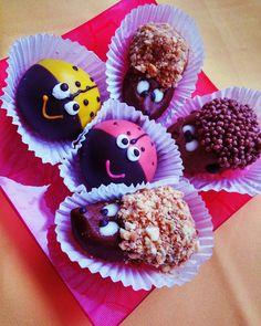 """Пирожные """"картошка"""" в виде ёжика божьей коровки и овечки Cakes #hedgehog #ladybug #little_lamb #tasty by inshinka"""