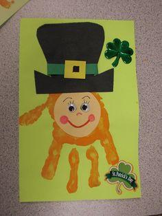 Hand Print Leprechauns.  #St Patrick's Day crafts for #children!