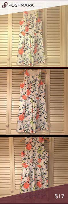 NWOT Dress Never been worn. Vibrant pastel colors. Size 10 GAP Dresses