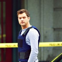 "Peter Bishop and the machine | Fringe - Peter Bishop/Joshua Jackson #27:""Because we still want to see ..."