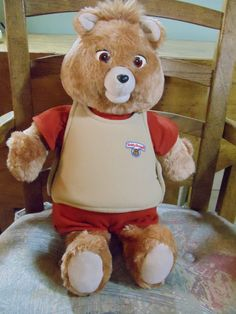 Do you remember Teddy Ruxpin! 1980s Toys, Retro Toys, Vintage Toys, Teddy Ruxpin, Teddy Bear, Childhood Toys, Childhood Memories, School Memories, Ol Days