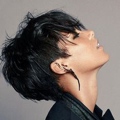 Best Sassy Pixie Cuts 2019 - The UnderCut Creating a new personality is as easy as pie. Just explore our list of the Best Sassy Pixie Cuts 2019 and you will become one of the gorgeous ladies Sassy Haircuts, Short Pixie Haircuts, Pixie Hairstyles, Short Hair Cuts, Hairstyles 2016, Baddie Hairstyles, Everyday Hairstyles, Formal Hairstyles, Vintage Hairstyles