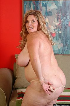 Curvy naked mature women final, sorry