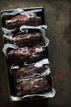 (via Chocolate Doughnuts | BHG Delish Dish) - Clutter & Chaos