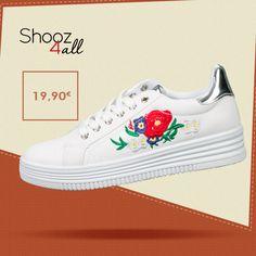 Λευκά sneakers με λουλούδια http://www.shooz4all.com/el/gynaikeia-papoutsia/sneakers/lefka-sneakers-me-louloudia-m-9295-detail #shooz4all #sneakers #gynaikeia