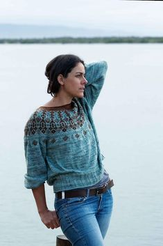 Ravelry: Black Thorn Sweater pattern by Lily Turner Ravelry, Sweater Knitting Patterns, Knitting Stitches, Fair Isle Knitting, Sweater Design, Jumper, Style And Grace, Winter Wardrobe, Pulls