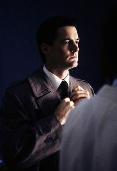 Kyle MacLachlan as Agent Cooper in Twin Peaks <3 <3 <3