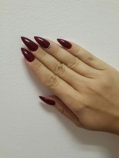 Burgundy stiletto - in love with my nails