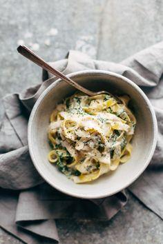 5 Ingredient Creamy Kale Pasta | pinchofyum.com