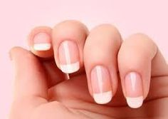 Want to get the perfect french manicure? We've got the best french manicure tutorial to achieve the perfect french nails and french tips French Nails, Classic French Manicure, French Manicures, Gel Manicures, French Pedicure, Nail Polishes, Shellac Nails, Manicure Y Pedicure, Manicure At Home