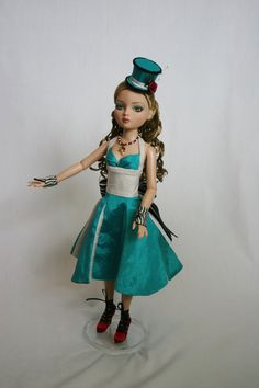 One of a kind Ellowyne Wilde complete ensemble titled Behind the Looking Glass. When I saw this dolls face I immediately thought she belonged in