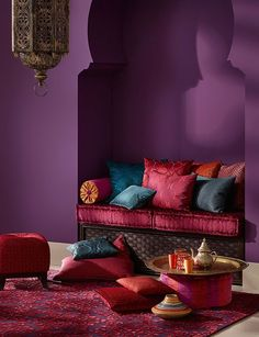 11 hot pink lounge room in Moroccan style - DigsDigs