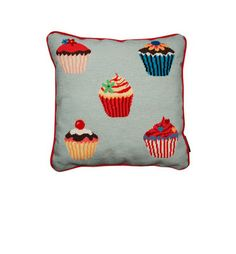 Who doesn't like cupcakes! This delightful cushion will brighten up any room! Yum!