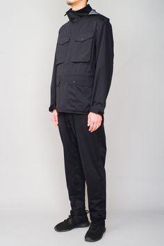 A versatile jacket, with pockets, made with a high-performance fabric. Fabric, Pants, Jackets, Fashion, Tejido, Trouser Pants, Down Jackets, Moda, Tela