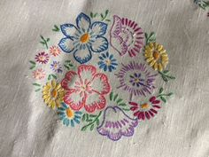 Pretty Vintage Floral Hand Embroidered Large Oblong White Irish Linen Tablecloth | Antiques, Fabric/Textiles, Linens | eBay!