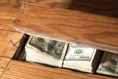 The Right Pundit: Remodelers Find $60K Cash Hidden In Old House