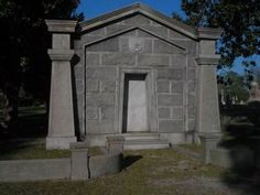 Grave of Gen. Mahone. Click for full size.