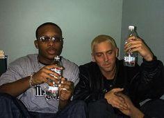Eminem & Royce Original First Collabo Showed It's All Good When Bad Meets Evil (Audio) Eminem Slim Shady Lp, Eminem Smiling, Eminem Photos, The Real Slim Shady, Hip Hop Albums, Rap God, Best Rapper, Jay Z, People