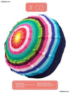 Crochet Almohadones #03 Crochet Hats, Beanie, Fashion, Throw Pillows, Tejido, Pillow Design, Knitting Hats, Moda, Fashion Styles