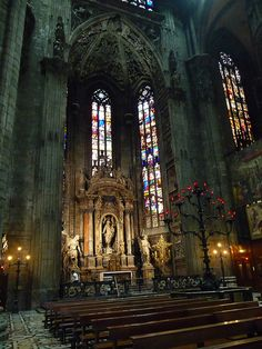 The Duomo di Milano must be second only to the Vatican in interior grandeur in Italy. Wow. by ForTheLoveOfItaly, via Flickr