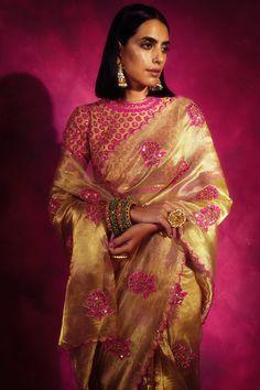 Golden Saree, Ethnic Wear Designer, Saree Models, Saree Blouse Designs, Beautiful Saree, Sari, Clothes For Women, Handwriting, Womens Fashion