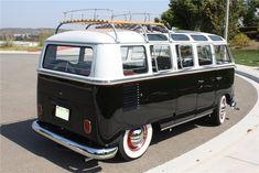 1963 VOLKSWAGEN 21 WINDOW CUSTOM DELUXE BUS - Rear 3/4 - 112578