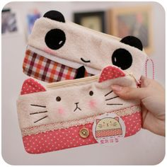 adorable kitty and panda pencil pouches! Fabric Crafts, Sewing Crafts, Sewing Projects, Pencil Bags, Pencil Pouch, Diy Couture Trousse, Cute Stationary, Fabric Bags, Cute Bags