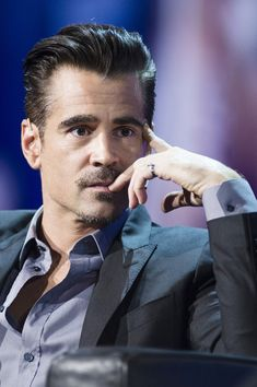 Colin Farrell Photos - Colin Farrell Speaks at Adobe EMEA Summit - Zimbio