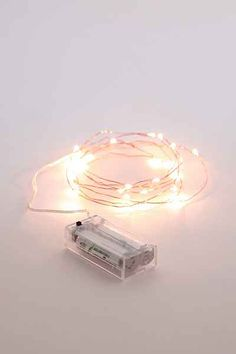 Battery Powered String Lights Urban Outfitters : 1000+ ideas about Battery Powered String Lights on Pinterest String Lighting, Magical Thinking ...