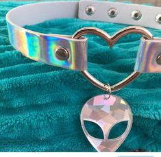 Amazing Holographic Alien Choker heart shaped button necklace with alien charm LOVE RAVE Unicorn necklace rainbow Holographic Choker, O Ring Choker, Unicorn Necklace, Button Necklace, Have Metal, Victorian Dollhouse, Vintage Rhinestone, Baby Headbands, Extensions