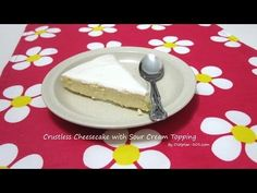 One week into Atkins and I'd wrestle you to the ground for dessert: Crustless Cheesecake with Sour Cream Topping (South Beach Phase 1 Recipe) - Diet Plan 101 Sour Cream Cheesecake, Ricotta Cheesecake, Cheesecake Recipes, Cheesecake Frosting, Strawberry Cheesecake, Pumpkin Cheesecake, South Beach Phase 1, South Beach Diet, Desserts Keto
