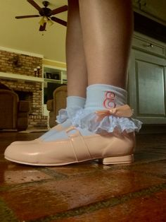 Who needs Cinderella when you've got Princess Peach! Frilly Socks, Cute Socks, Azalea Trail Maids, Tap Shoes, Dance Shoes, Girls Socks, Little Girl Fashion, Ankle Socks, Southern Belle