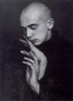 Harald Kreutzberg, Tänzer, ca 1929 -by Atelier Geiringe and Horovitz