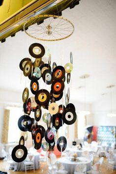 deko aus schallplatten mit den alten schallplatten kann man die wohnung verschönern
