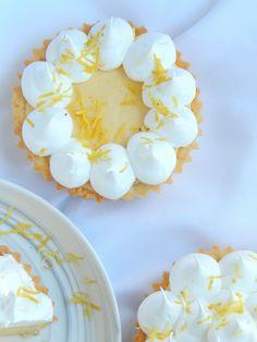 Lemon pie de lemon curd / Miicakes Lemon Curd, Mini Cakes, Cupcakes, Chips, Cooking, Desserts, Recipes, Flu, Cold Desserts