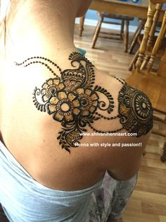 Henna with style and passion ! For the booking questions, please email us on… Tattoo Henna, Henna Tattoo Designs, Henna Mehndi, Wedding Henna, Bridal Henna, Best Mehndi Designs, Mehandi Designs, Henna Body Art, Henna Art