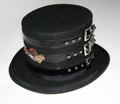 Steampunk top hat. Oh yes, yes, yes