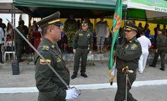 amazonas tiene nuevo comandante de policia - Categoria: Actualidad  ND: El coronel Diego Alberto LApez GuarAn asumiA el mando de la unidad de policAa. En una ceremonia especial presidida por el Mayor General JosA Angel Mendoza GuzmAn Subdirector general de la PolicAa Nacional y el Sr. General de Brigada Eliecer Camacho JimAnez Comandante de la RegiAn 1 de la PolicAa, el protocolo Se llevA a cabo la ceremonia de transmisiAn del comando del Coronel Juan Carlos LeAn Jaime al nuevo comandante…